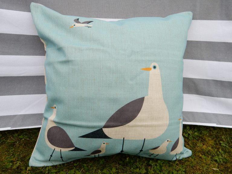 betty-seaside-cushion-covers-main