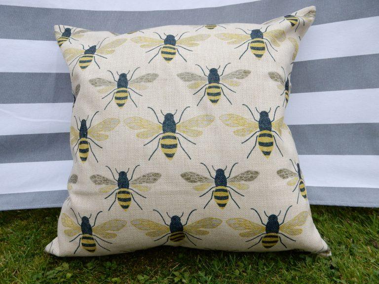 effie-botanical-bee-cushion-main