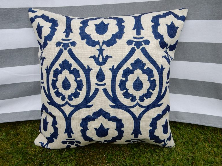 lyndsey-blue-patterned-cushion-cover-main